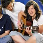 como aprender a tocar guitarra acustica y electrica
